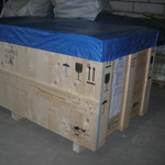 Softwood close boarded machine base case for ocean freight